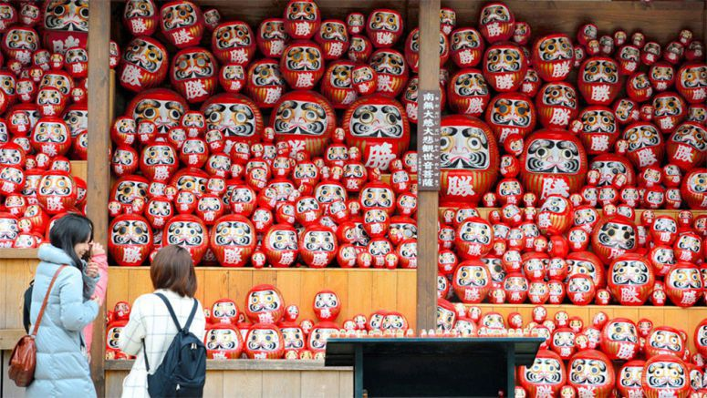 Daruma dolls show that wishes come true