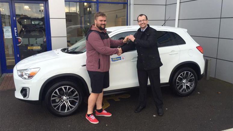 Mitsubishi Dealership Gives Six Nations Players A Boost