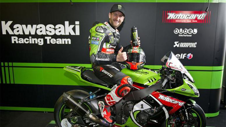 Kawasaki: Tom Sykes Presented With 2013 WorldSBK Championship Winning Ninja ZX-10R