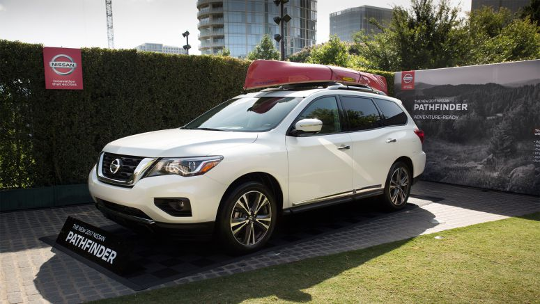 2017 Nissan Pathfinder makes world debut during sponsorship announcement at Dallas' Klyde Warren Park