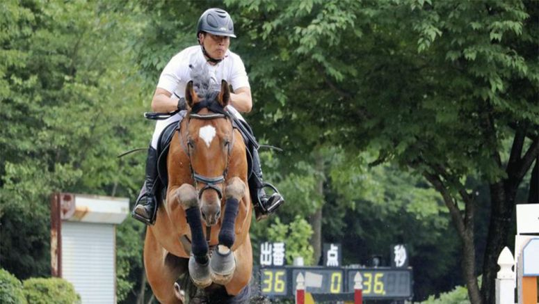 Equestrian picks training Iwate team over Rio