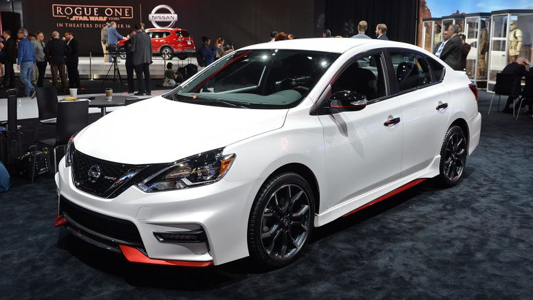 2016 Los Angeles Auto Show: 2017 Nissan Sentra Nismo is a modern take on the SE-R