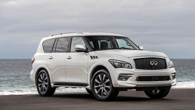 Infiniti debuts Q50 and QX80 Signature Editions at 2017 Chicago Auto Show