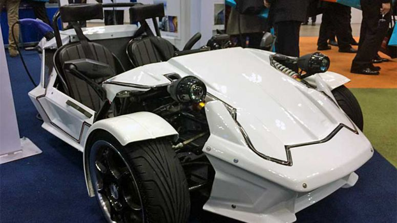 3-wheeled EV Features Maximum Speed of 100km/h