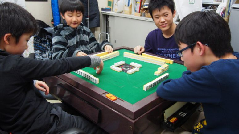 Mahjong offers invigorating other option to kids in our electronic age