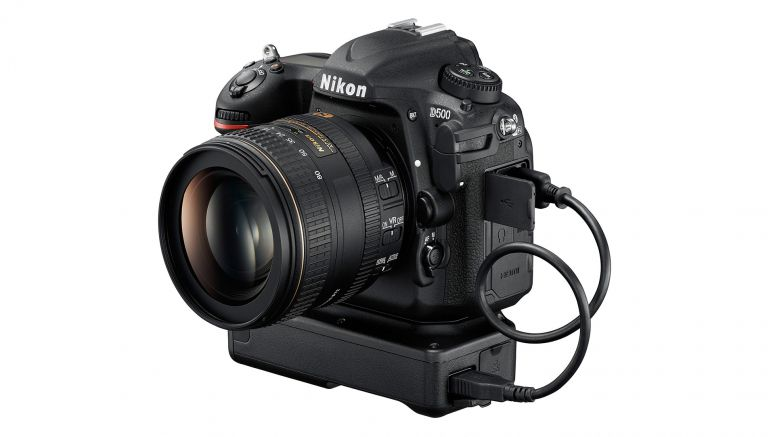 Nikon fixes bugs and adds compatibility for WT-7 Wi-Fi transmitter