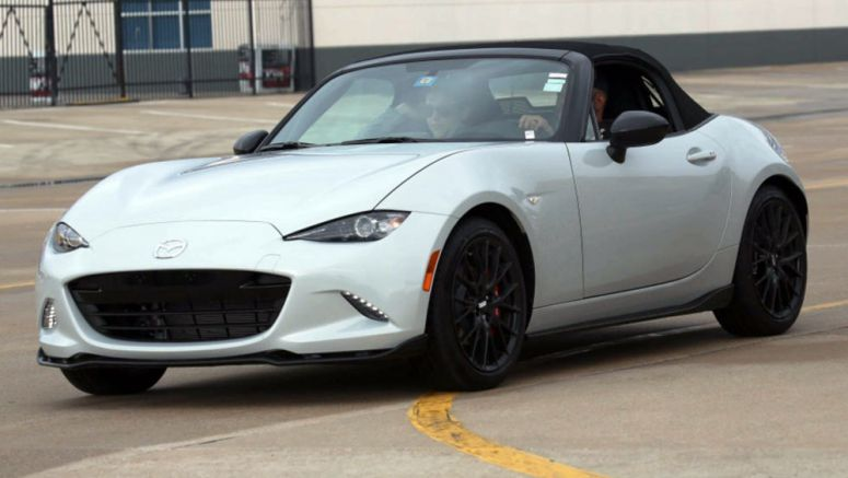 Buy A 2016 Mazda MX-5 And Save Up To $2,000