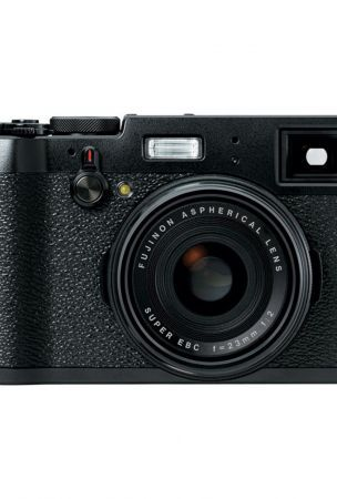Fujifilm X100T in black listed as discontinued on B&H Photo