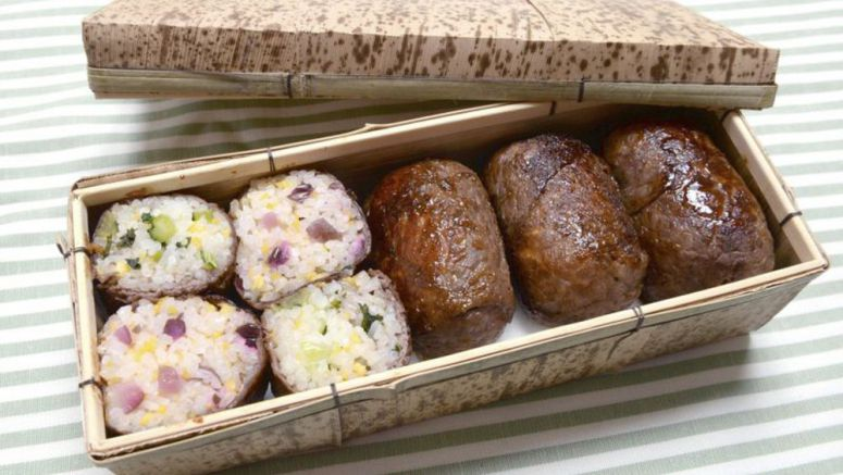 OISHII / Wrapper's delights: onigiri rice balls with a basted beef coating