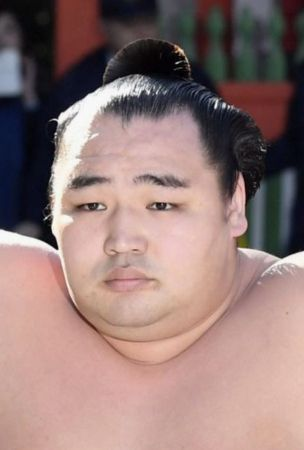Sumo: Injury forces yokozuna Kakuryu out in Nagoya, retirement looms