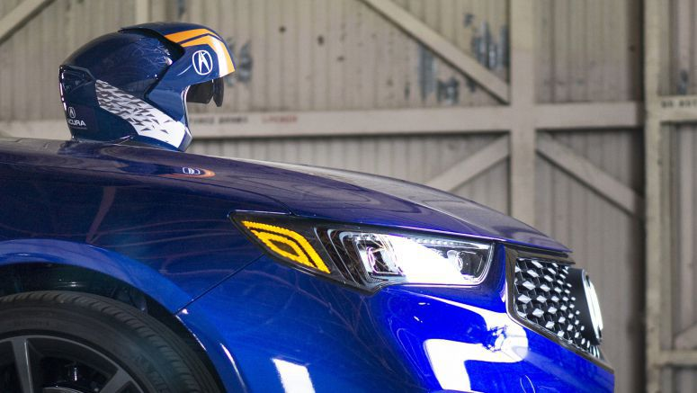 Acura is livestreaming an augmented reality race on Facebook