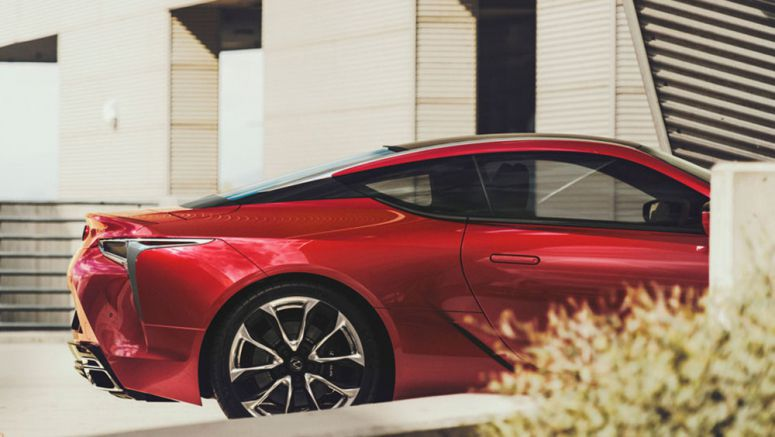 Superstar Author James Patterson Reviews the Lexus LC 500