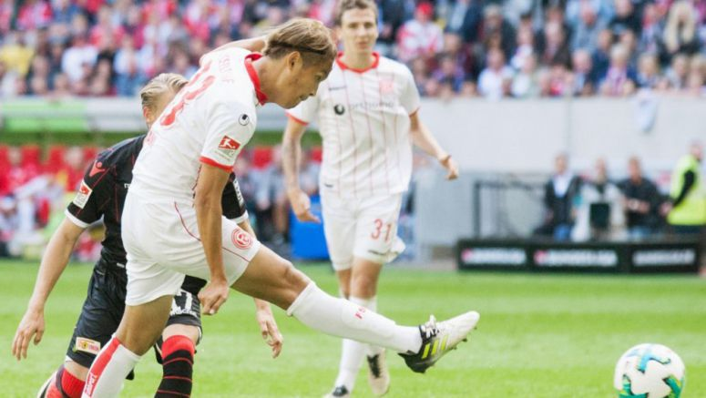 Soccer: Usami scores on debut in win for Dusseldorf