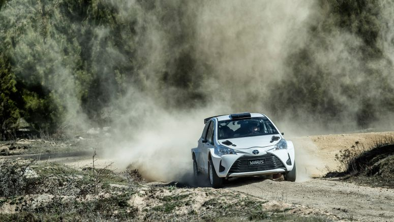 Toyota: Bates Debuts New Yaris Rally Car
