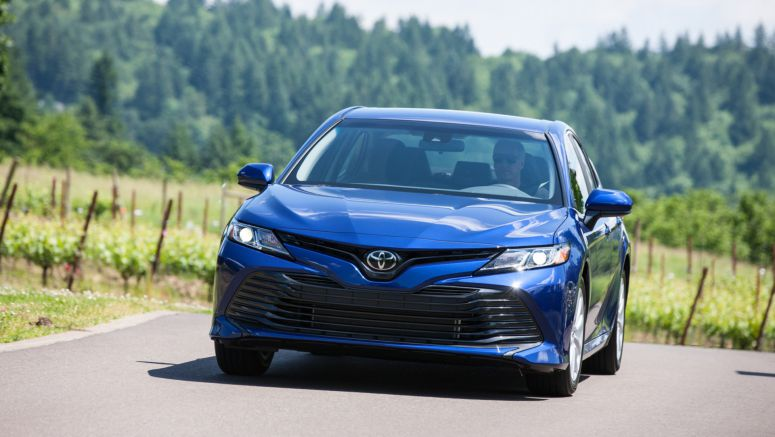 2018 Toyota Camry Pros and Cons
