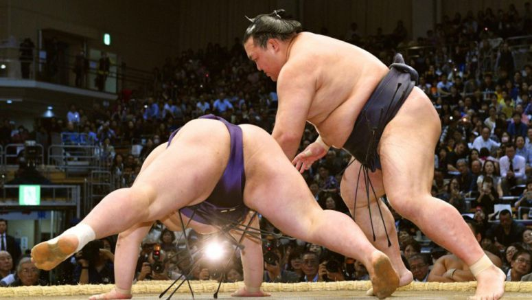 Sumo: Kisenosato wins 1st bout after return, Harumafuji continues to fall