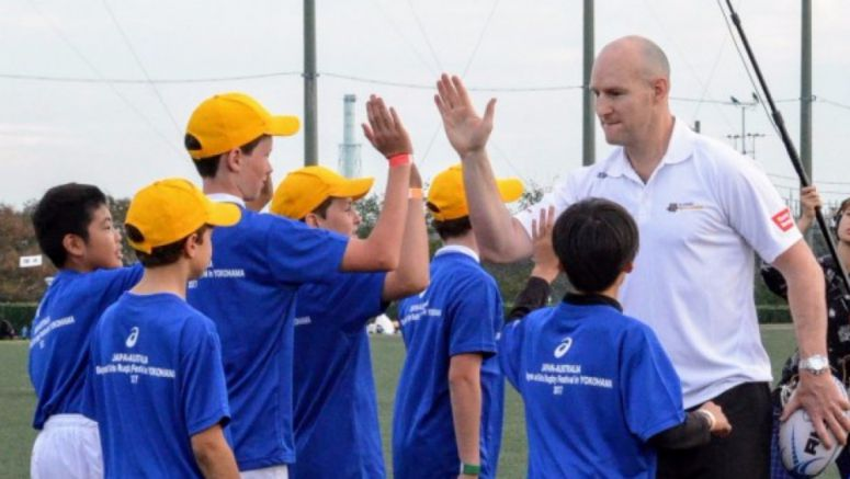 Rugby: Wallabies legend Mortlock teaches kids enjoyment is key to improvement