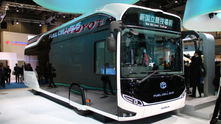 Toyota Shows FCV Bus at Tokyo Motor Show