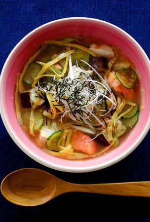 Sesame-flavored miso soup with salmon offers a taste of Tokyo