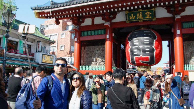 Record number of foreigners, above 24 million, visit Japan in 2017