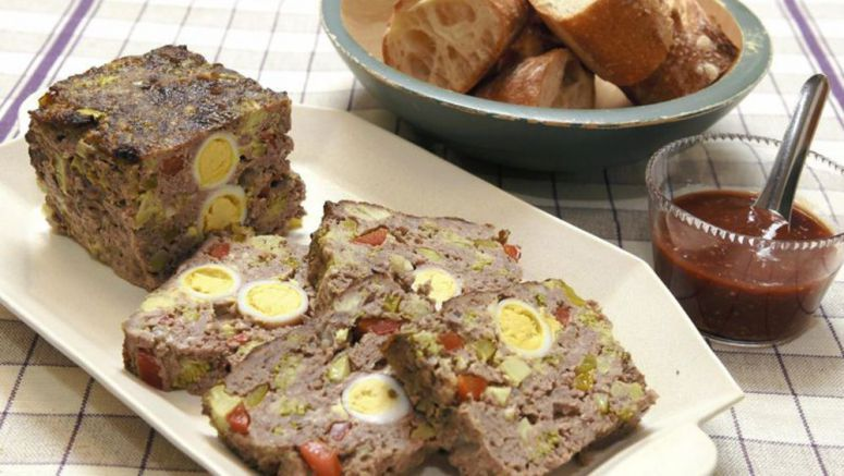 OISHII / Cheerful meat loaf a cozy year-end dish