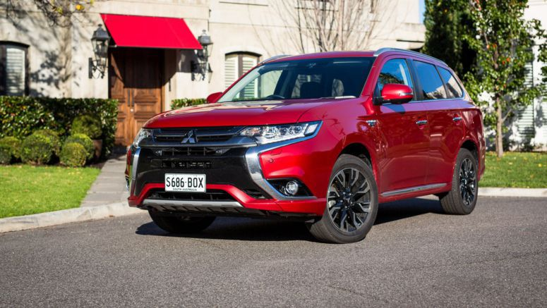 Mitsubishi Motors has just sold its 100,000th Outlander PHEV plug-in hybrid in Europe