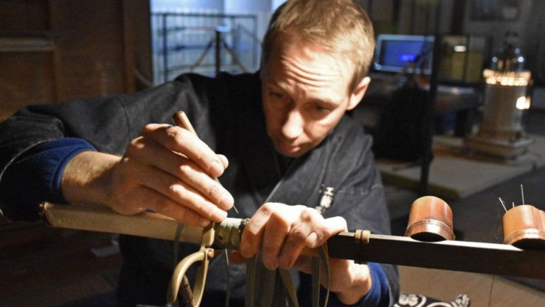 Swedish man preserving art of Japanese sword-crafting