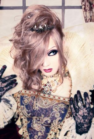 Japanese visual kei artist Kaya will return to Los Angeles, California for the first time in five years with live performances
