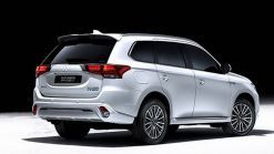 2019 Mitsubishi Outlander PHEV Arrives With Better Everything