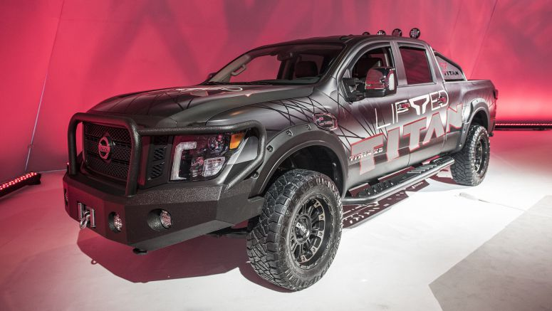 2018 Nissan Titan gets factory-approved lift kit option