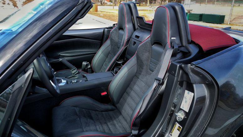 2018 Mazda MX-5 Miata finally has a great pair of seats