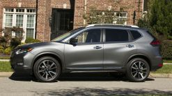2018 Nissan Rogue Hybrid Offers Up To 34 MPG, Priced From $27,995
