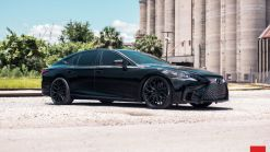 Fifth-Gen Lexus LS Can Rock A Dark Theme As Well As Any Car