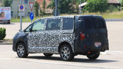 2019 Mitsubishi Delica Is A Minivan Crossover Based On The Outlander