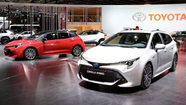 2019 Toyota Corolla Reveals Its Two Flavors In Paris