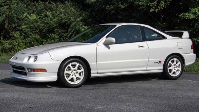 1997 Acura Integra Type R With Only 1,200 Miles Sells For An Astonishing $63,800