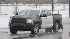 Toyota Tundra spy shots indicate rear suspension upgrades
