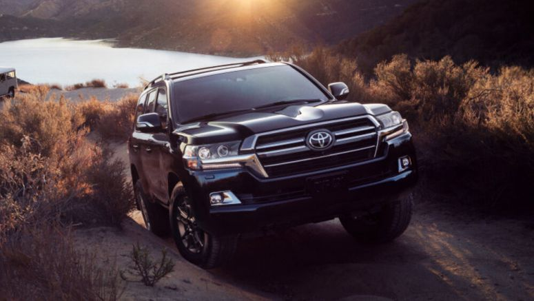 2020 Toyota Land Cruiser Heritage Edition debuts before Chicago Auto Show