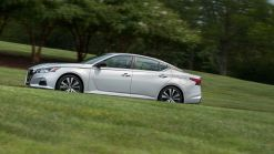 2019 Nissan Altima Buyer's Guide | New all-wheel drive and turbo engine