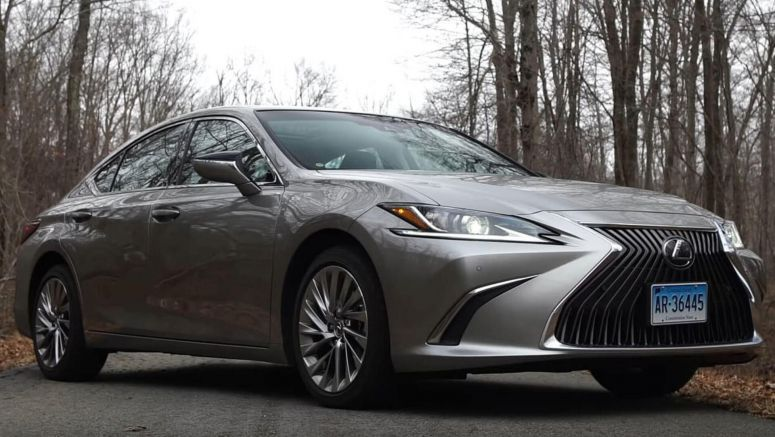 2019 Lexus ES Has Evolved To Much More Than A Comfy One-Trick Pony