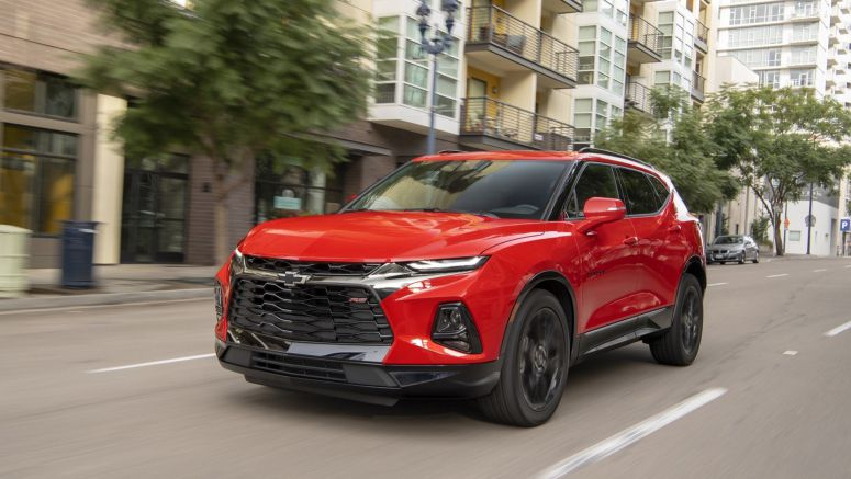 2019 Chevy Blazer vs 2019 Honda Passport, mid-size crossovers: How they compare on paper