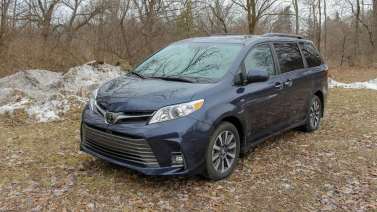 2019 Toyota Sienna Review and Buying Guide | Old, but not finished