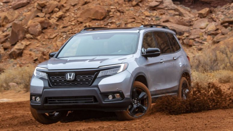 2019 Honda Passport Review and Buying Guide | A solid mid-pack two-row crossover