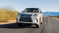 2019 Lexus LX 570 Drivers' Notes Review | Long in the tooth