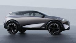 Nissan Previews Future Crossovers With All-New IMQ Concept