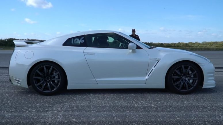 Tuned Nissan GT-R Puts Its 620 HP To The Test, Maxes Out At 201 MPH
