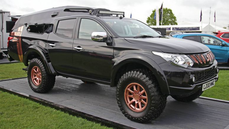Mitsubishi L200 eSports Concept Is A Gamer's Ideal Vehicle For The Zombie Apocalypse