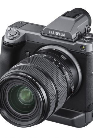 Fujifilm GFX100 Medium Format Mirrorless Camera Announced