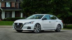 2020 Nissan Altima base price creeps up, saftey features more widely available