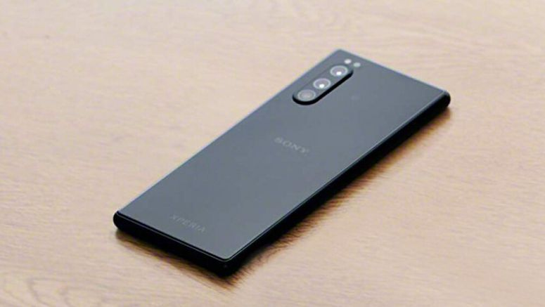 Here's the first pics of Sony's next Xperia flagship